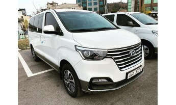 Grand Starex Urban Exclusive 4WD 2019
