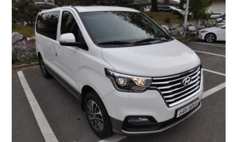 Grand Starex Urban Exclusive 2.5 TDi